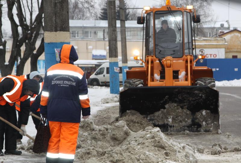 Лопата для уборки снега fiskars 141001 облегченная