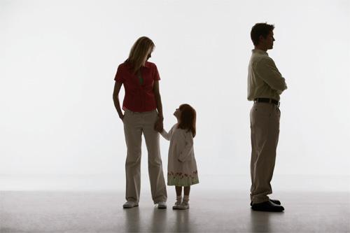 может ли прокурор обратиться в суд с иском об установлении отцовства - фото 4